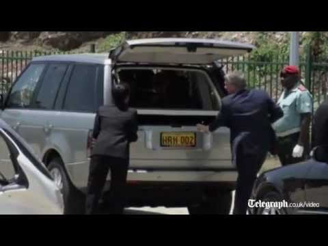 Royal car breaks down during Papua New Guinea visit