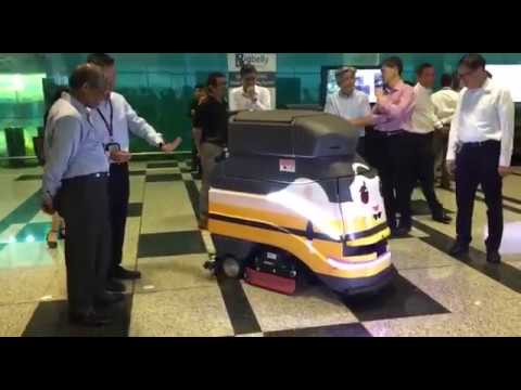 Demonstration of the autonomous scrubber robot at Changi T3