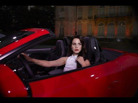 دراسة: النساء الأكثر عرضة لتشتت الانتباه أثناء قيادة السيارة  - 10:22-2018 / 7 / 16