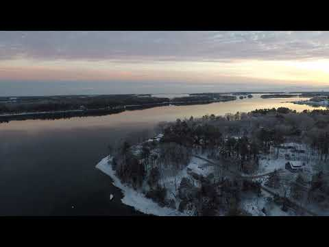 Christmas Eve Over South Freeport Maine 2017 - Looking for Santa