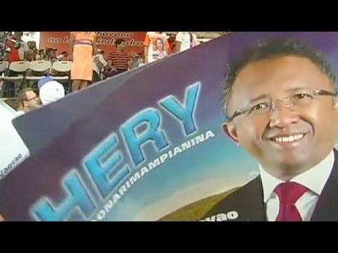 Madagascar: Rajaonarimampianina l'emporte, Robinson conteste