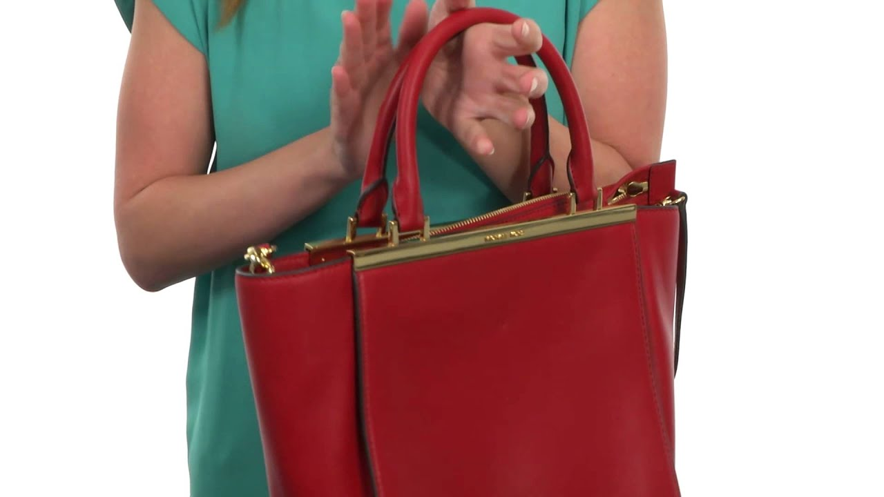 84a0ea716aa9 MICHAEL Michael Kors - Lana Medium Tote SKU:8469585 - YouTube