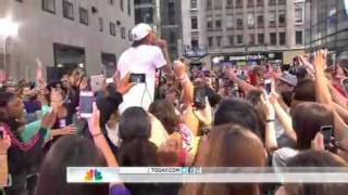 Chris Brown - Don't Wake Me Up - (Today Show - 2012)
