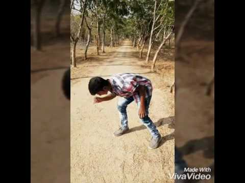 Andhamaina premarani cheyi thagilithey(remix)dance by santhosh