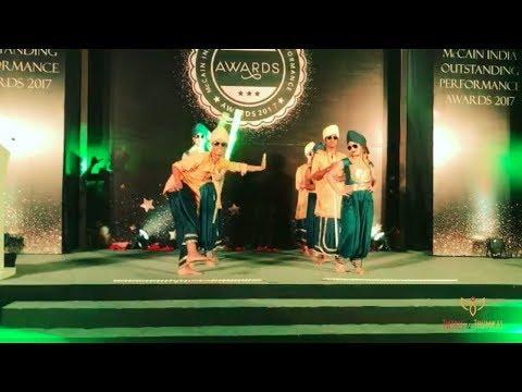 Punjabi Bhangra Fusion Act   Twirls & Thumkas