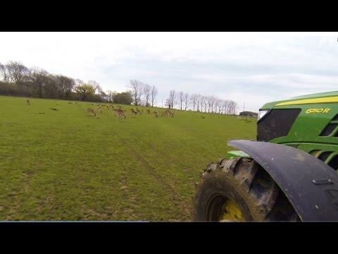2016/04/12 - Fertiliser Spreading Deer Fields with a John Deere 6150R