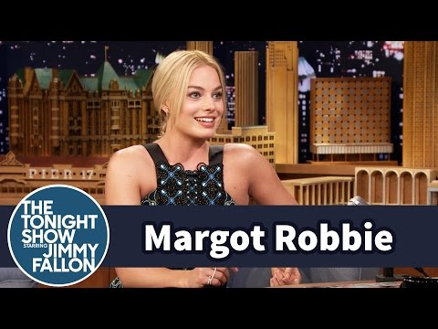 Margot Robbie Steals Toilet Paper from Hotels