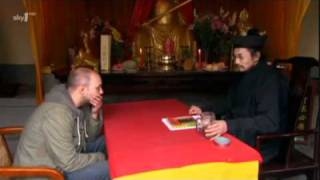 An Idiot Abroad: China - Fortune Teller