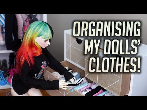Organise My Dolls' Clothes With Me!