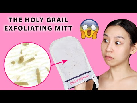 HOLY GRAIL EXFOLIATING MITT UNDER A MICROSCOPE 😱 | TINA TRIES IT