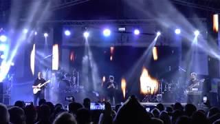 """Песня """"Искрами"""". Поёт Эмма М. День города. Владивосток 29.06. 2019 г."""