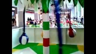 video 2016 07 24 Тройняшки в ТЦ