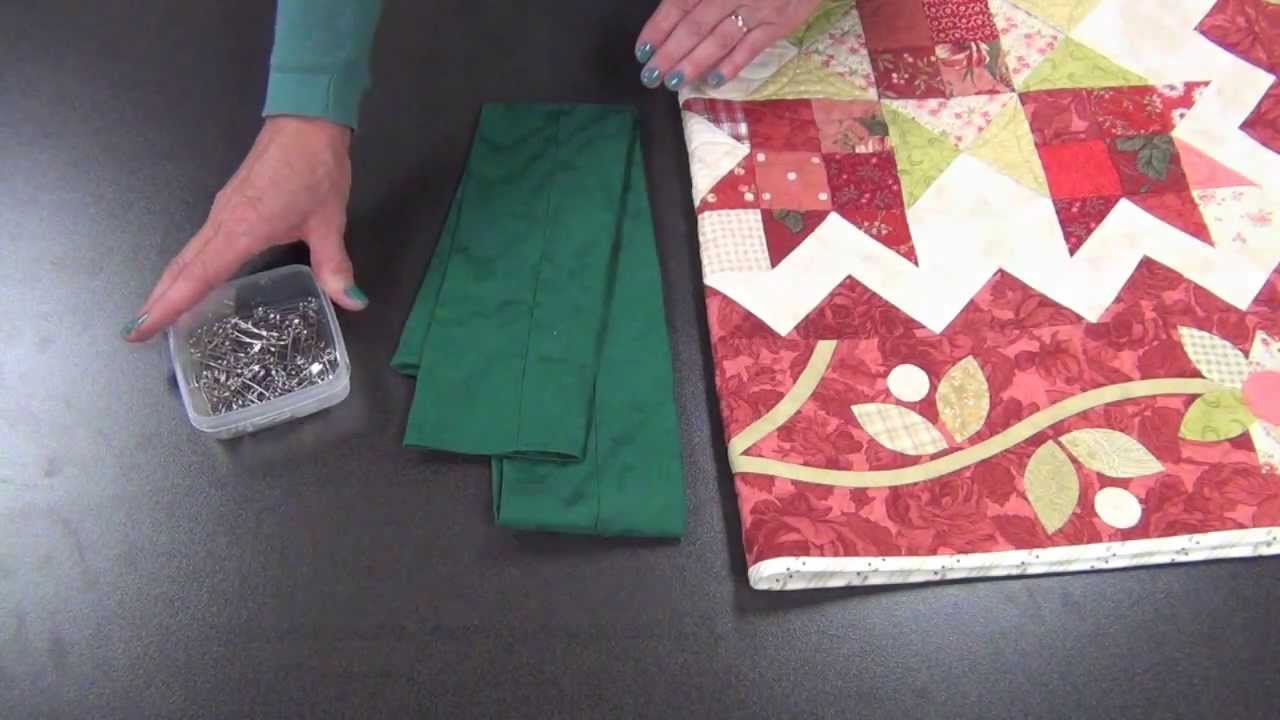 How to Make a Quilt Sleeve - YouTube : how to make a quilt sleeve - Adamdwight.com
