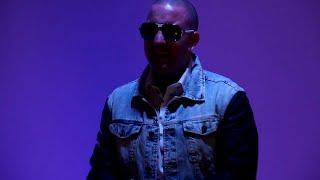 Смотреть клип Mr.Busta - Szádba A Lábam