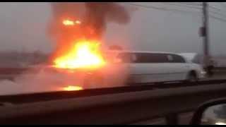 В Нижнем Новгороде на свадьбе загорелся лимузин