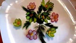Цветы из огурца. Украшения из овощей. Carving cucumber. Decoration of vegetables