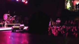 Matt Hires performs Restless Heart