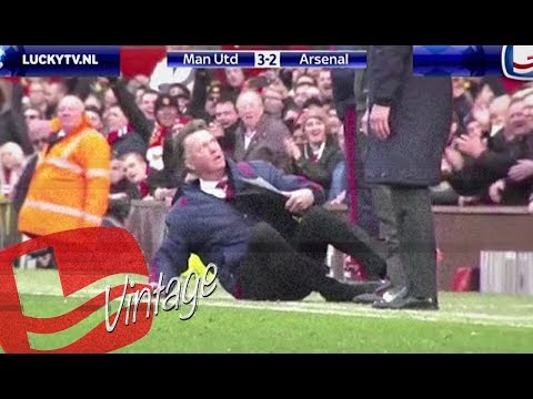 That moment when Louis van Gaal shapeshifted into a cock on the sideline