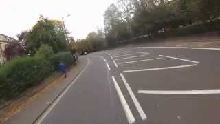 Stagecoach bus doing right thing - SP57 CNX. 22 October 2014 at 16:04