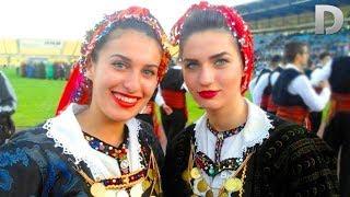 Македониялик кизлар кандай кийинишини куринг