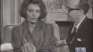 Sophia Loren vince l'Oscar