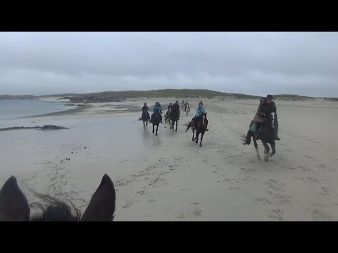 Rocks And Bogs – Five Days Horse-Back Riding Through Connemara