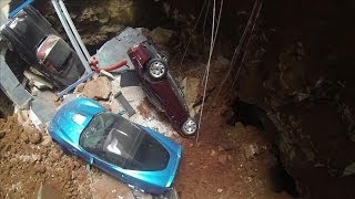 Repeat youtube video Drone Footage from Inside Corvette Museum Sinkhole