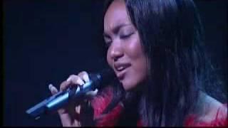 (2曲目) Crystal Kay/Curious 作詞:川村真澄 作曲• 編曲:田島貴男.