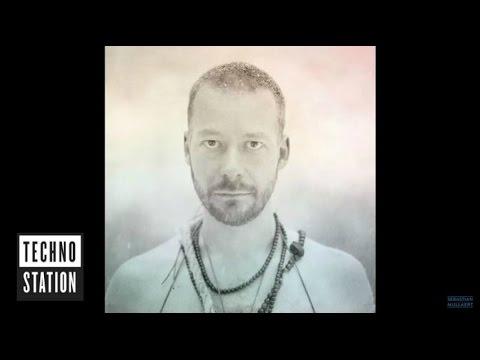 Wa Wu We aka Sebastian Mullaert - The Invitation (Mix)