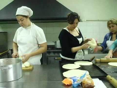 d a de trabajo en el curso cocinero para comedor escolar
