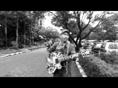 Live Session: Iksan Skuter - Kuliah