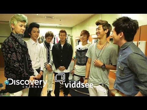 Finding Hallyuwood - Inside The Pressure Cooker That's The Korean Wave // Discovery on Viddsee