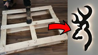 DIY WallArt : Deer with pallet wood / USB LED backlit