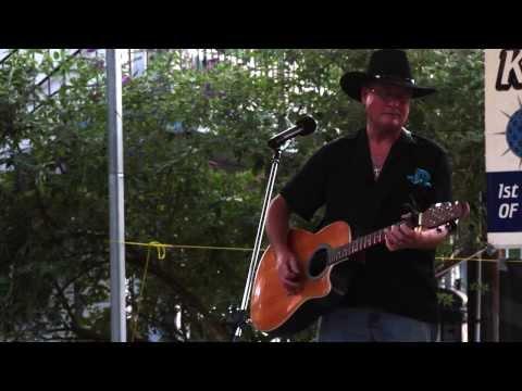 Wayne Oregon Karaoke Challenge 2013 The Dalles OR.