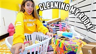 CLEANING MY ROOM & MAKEUP! (1st time in months)   Vlogmas Day 6
