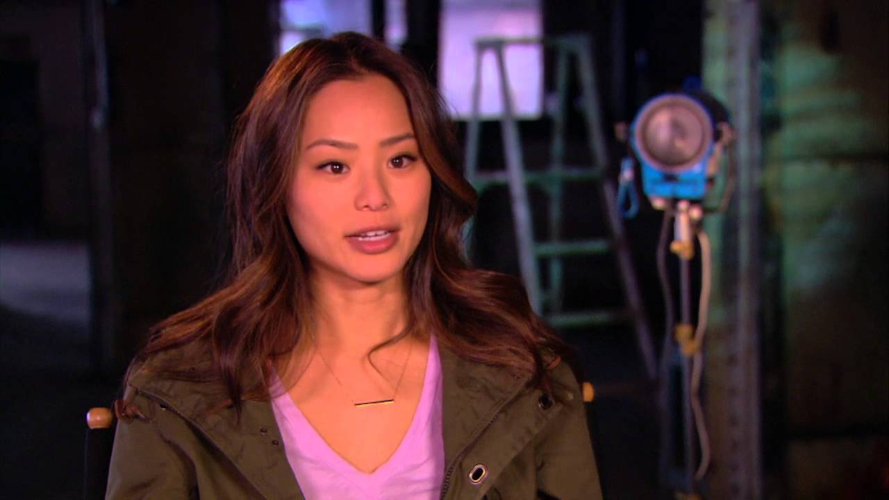 Jamie Chung Scene believe: jamie chung on set tv interview
