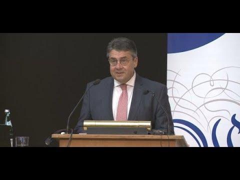 Universität Bonn: Hier kontert Ex-Außenminister Gabriel Buhrufe bei der Gastvorlesung