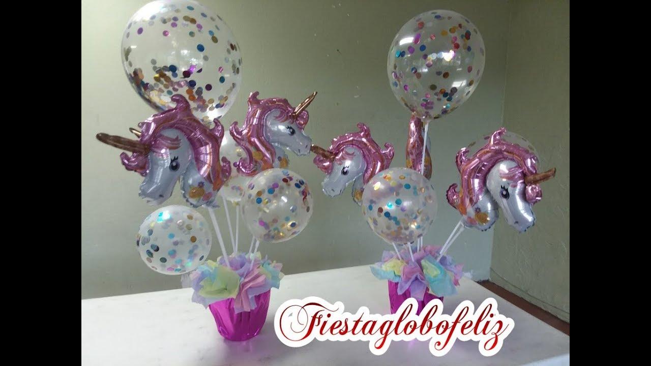 Centro de mesa de unicornio hecho con globos