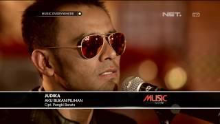 Judika - Aku Bukan Pilihan - Tribute to Iwan Fals (Live at Music Everywhere) **