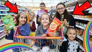 KIDS GROCERY SHOPPING CHALLENGE!🌈🏳️‍🌈