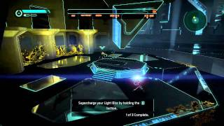 Tron Evolution (Xbox 360) - Public Speech + First Boss Footage