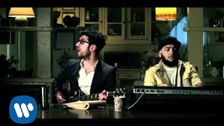 Watch Chromeo Dont Turn The Lights On video