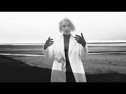 EMIKA - Flashbacks