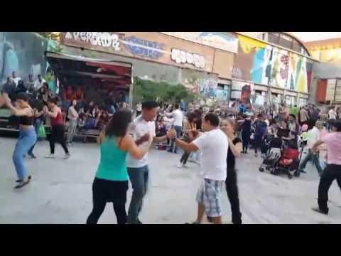 Bailando Salsa Cubana  Mayimbe El tren bala