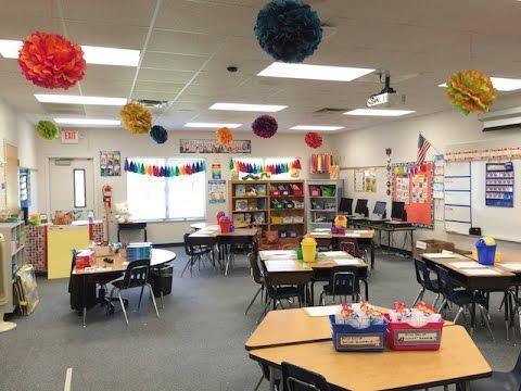 Classroom Layout - Desk Arrangement | Classroom ...  |Classroom