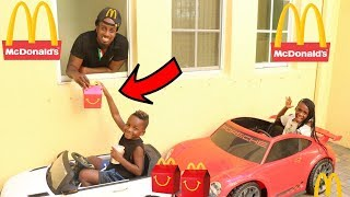 McDonald's Drive Thru Prank! Kids Pretend Play