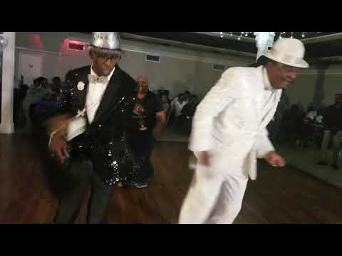 Repeat KOLD & GLAM LADY - TUCKER LINE DANCE  Song by TUCKA