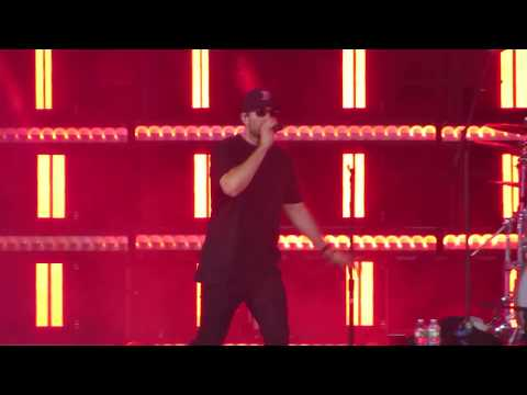 Sam Hunt singing Break up in a Small town in Concert at Fenway Park 7/6/18