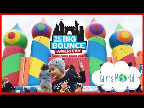 THE BIG BOUNCE AMERICA 2017 Houston Biggest Bounce House