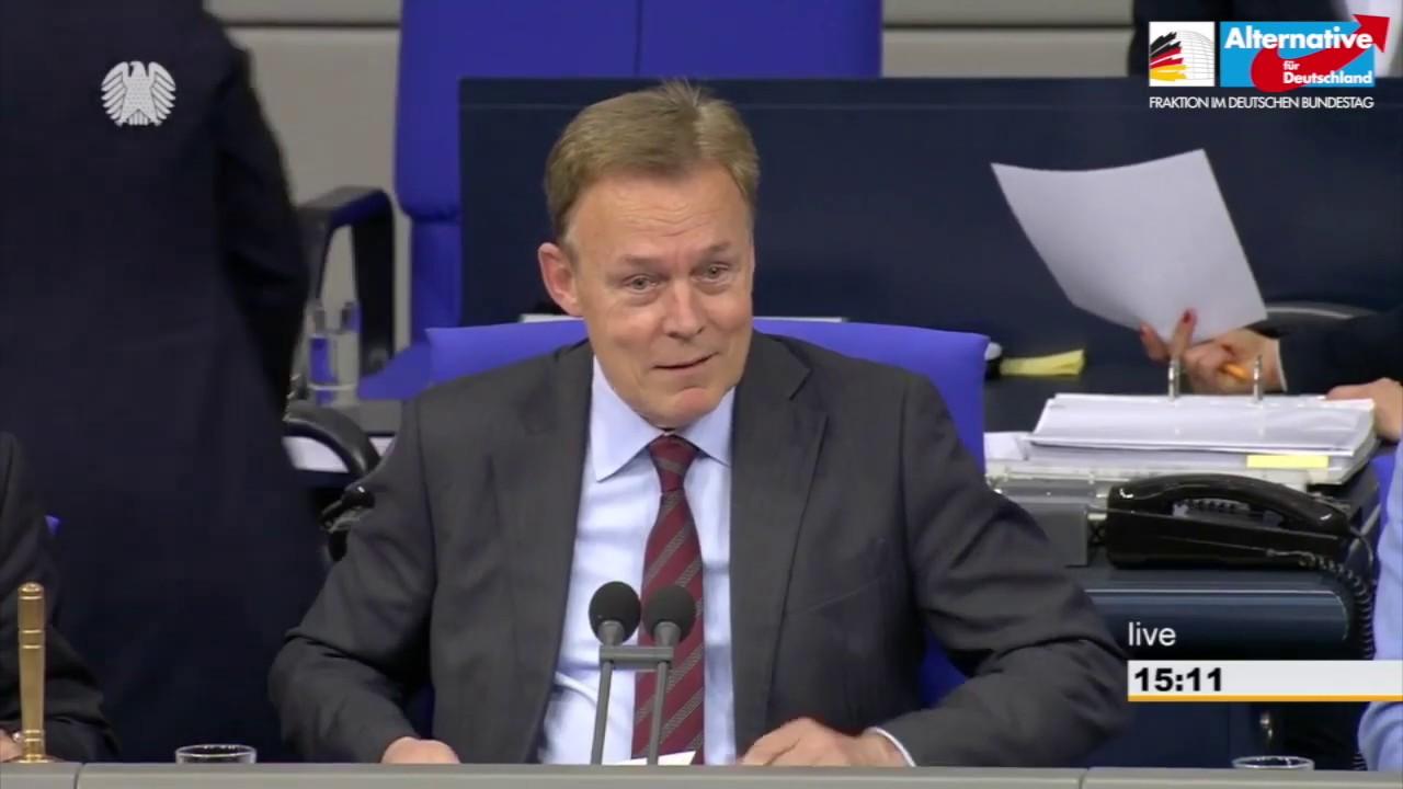 Skandal im Bundestag: Oppermann (SPD) gratuliert FridaysForFuture-Schulschwänzern!